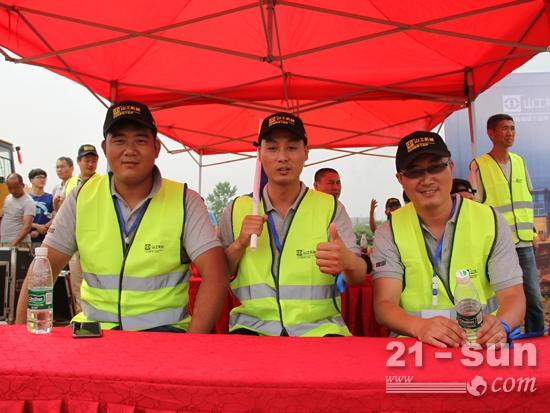 中国工程机械商贸网选派的三位参赛选手