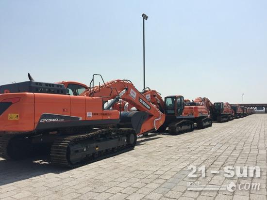 斗山设备到达巴基斯坦卡·拉项目港口
