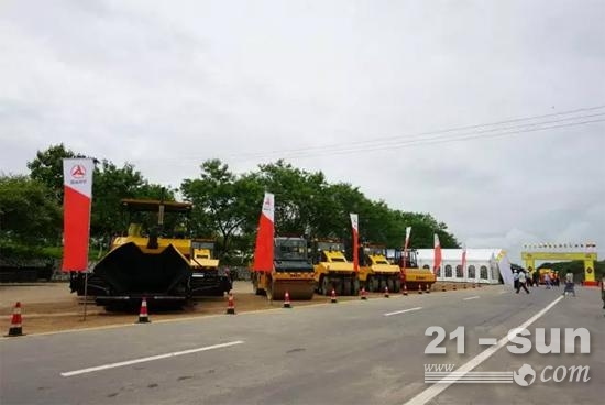 三一路机设备助力缅甸经济动脉