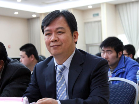 工业和信息化部智能制造专家委员会委员、中国农机工业协会执行副会长兼秘书长洪暹国