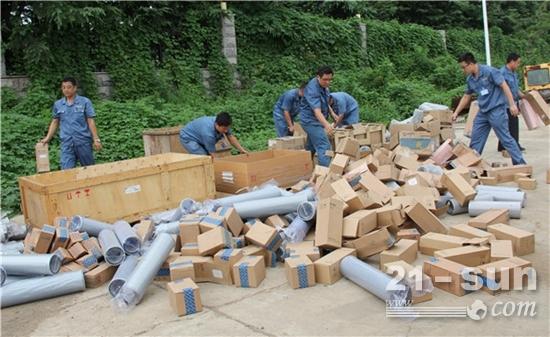 维护配件市场,一批退回滤芯因超保质期被销毁