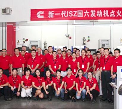 东风康明斯新一代ISZ国六发动机点火,实力领军发动机行业