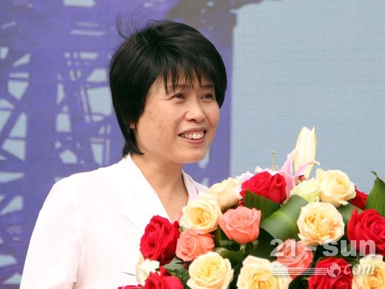 中联重科副总裁黄群致辞