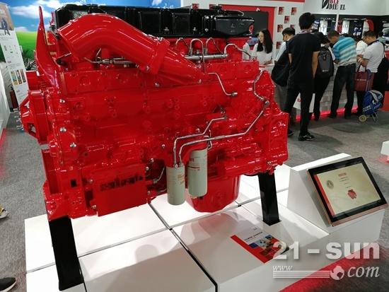满足国四排放标准的东风康明斯QSZ13发动机