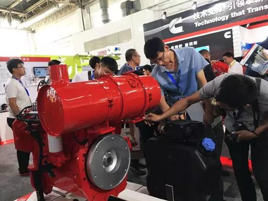 镇江柴油发电机;以失掉精良地经济性、动力性和耐久性