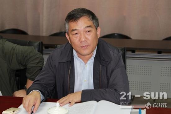 陕煤集团党委书记、董事长杨照乾听取汇报