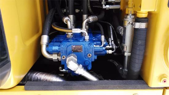 液压多路换向阀在挖掘机领域成功应用