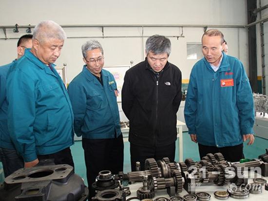 中国重汽集团王善坡到大齿公司走访调研、现场办公
