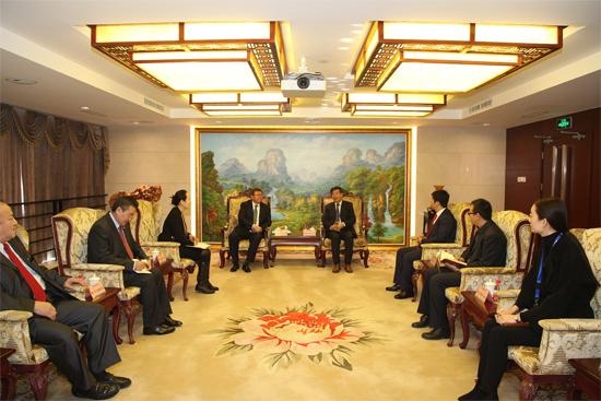 国机重工王伟炎总经理会见蒙古驻华大使一行