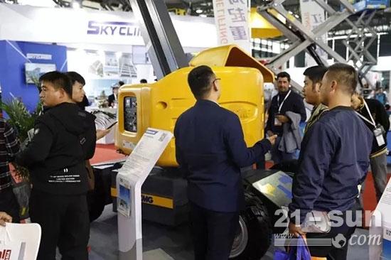 首届亚洲国际高空作业机械展览会上,GTBZ14JD再次聚焦客户眼球