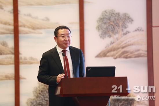 中国消费者协会投诉部主任张德志作主题演讲