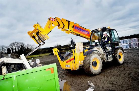 Diggers Direct公司成为JCB新型540-180在爱尔兰的首家客户