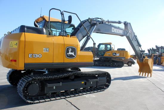 约翰迪尔E130履带式挖掘机