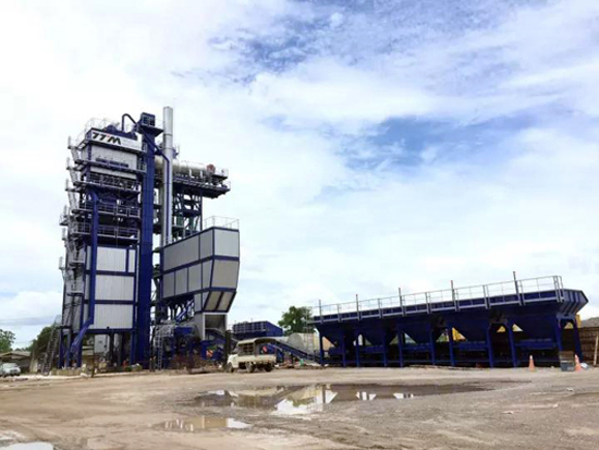 铁拓机械成为2017年国内沥青厂拌热再生设备出口冠军