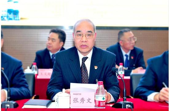 张秀文传达学习省第十三届人民代表大会第一次会议精神