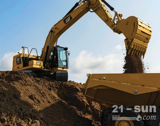 新一代Cat<sup>®</sup> 323,重型配置,最大化产量和收益