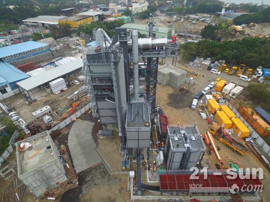 香港TS3020型沥青厂拌热再生成套设备完成安装、调试并出料