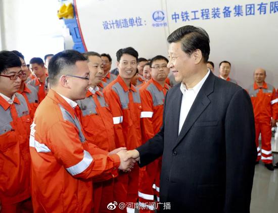习近平总书记视察中国中铁高新工业股份有限公司旗下中铁装备