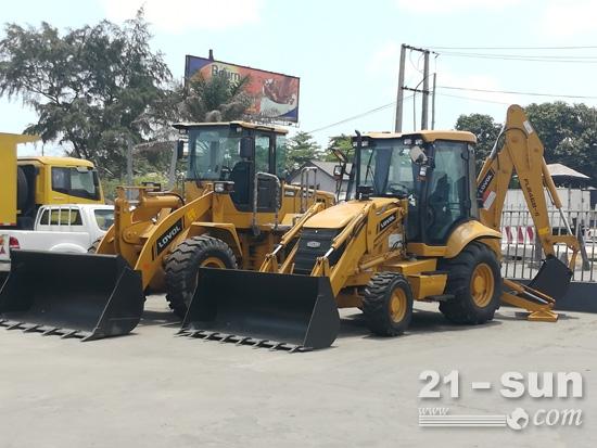 雷沃工程机械尼日利亚经销商样机区