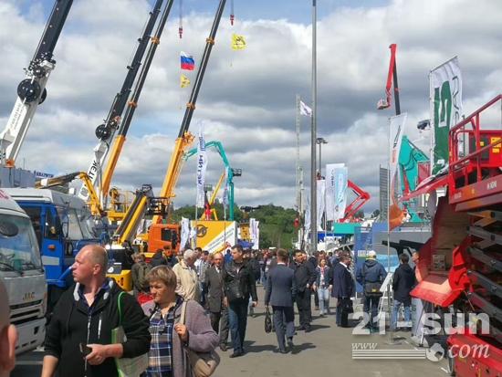 铁拓机械精彩亮相2018俄罗斯BAUMA CTT 展会