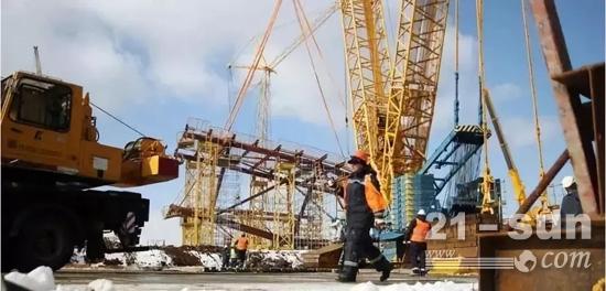徐工军团活跃于俄罗斯世界杯各个场馆的建设中