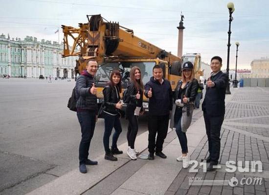 热情的俄罗斯友人对中国产品点赞