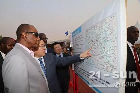 几内亚总统阿尔法·孔戴参观项目地图