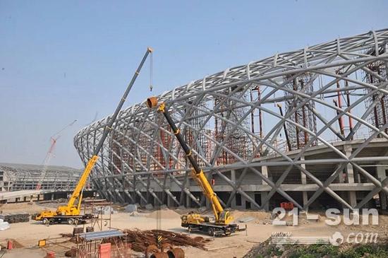 体育场馆建设,凸显灵活和吊高能力