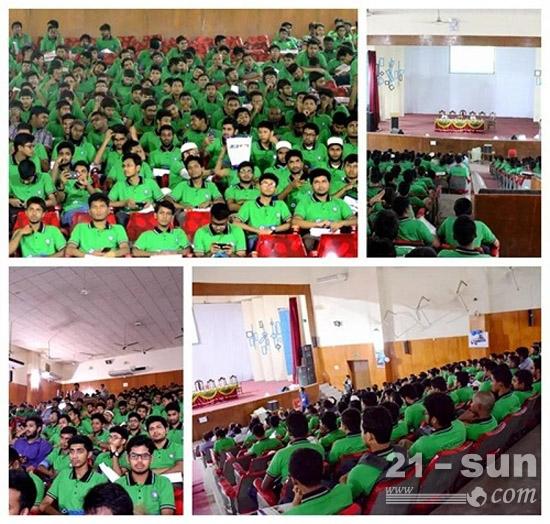 该校约500名工程专业的学生参与本次活动