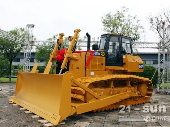 山工机械新一代D系列推土机产品SEM822D