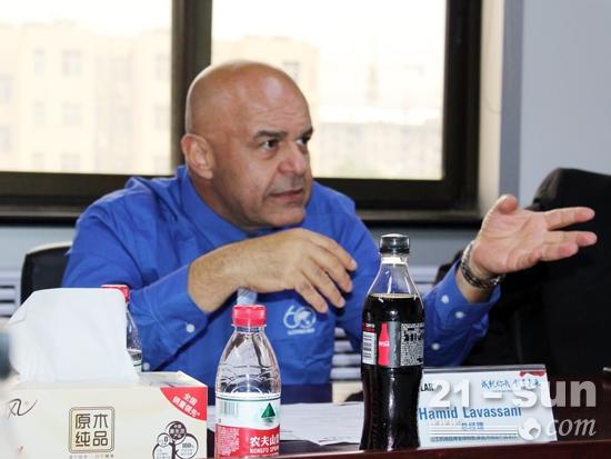 山工机械全球销售及渠道总经理Hamid Lavassani
