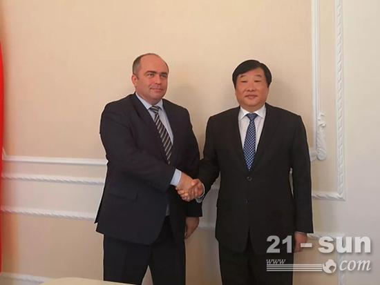 白俄罗斯副总理利亚申科·伊戈里·瓦西里耶维奇会见了谭旭光