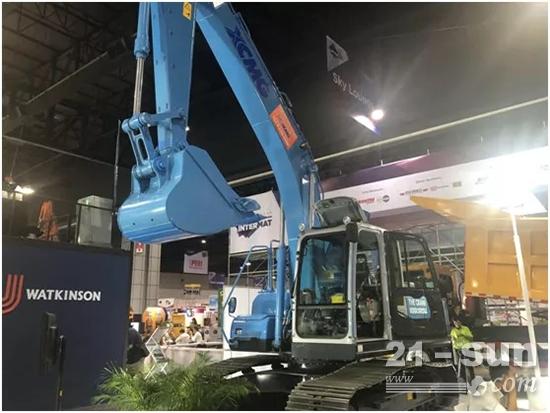 徐工集团在本次展会上展出的为泰国客户提供的定制化设备
