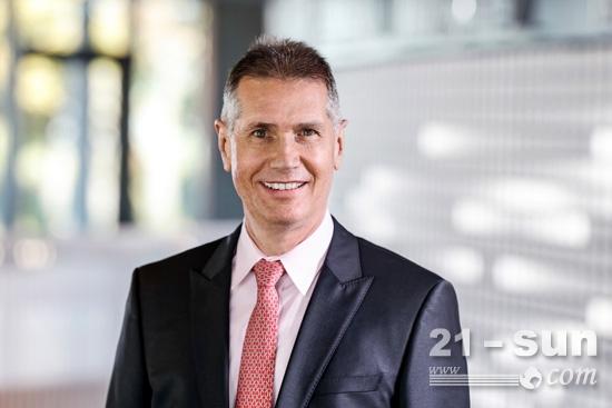 曼胡默尔任命Werner Lieberherr为新任首席执行官