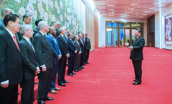 国家主席习近平会见参加首届中国国际进博会的外国企业家代表