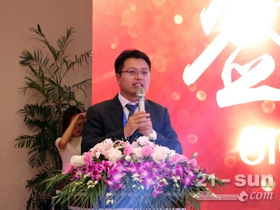 山河智能营销公司总经理龙居才介绍商务政策