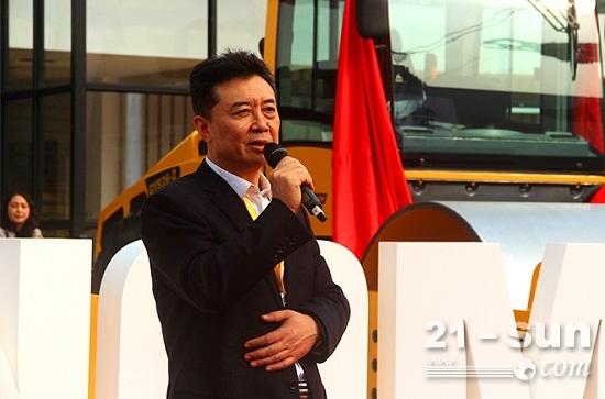 中国恒天集团副总裁、恒天重工集团董事长、总经理李晓红讲话