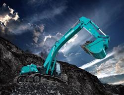 神钢30T大挖:绿色矿山施工利器