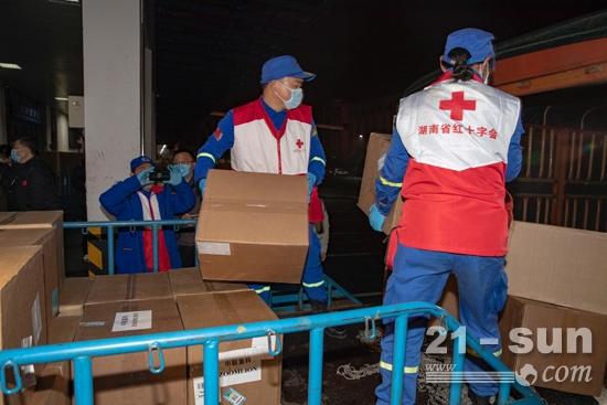 来了!中联重科采购白俄医疗防护物资抵达长沙,立即捐赠
