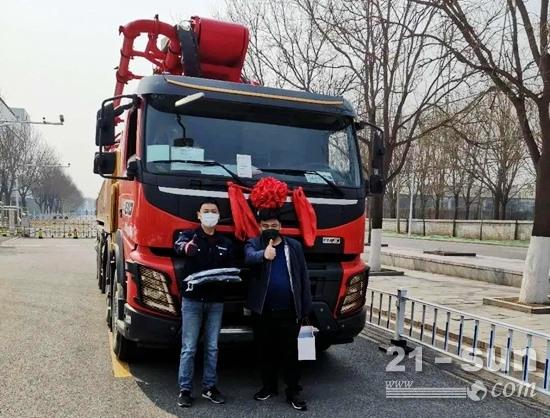 """三一专用自制底盘泵车 中国泵送从业者的""""大众情人"""""""