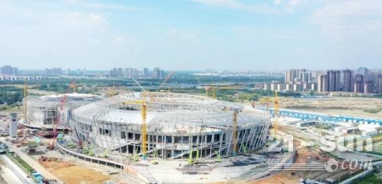 中联重科高空作业机械王牌军团,全力参建成都大运会凤凰山体育公园项目