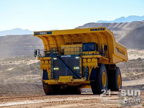 小松980E-4非公路矿用自卸卡车特点是什么