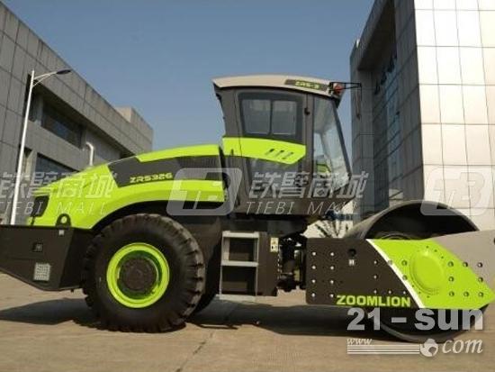 22吨压路机:中联重科的ZRS322E压路机