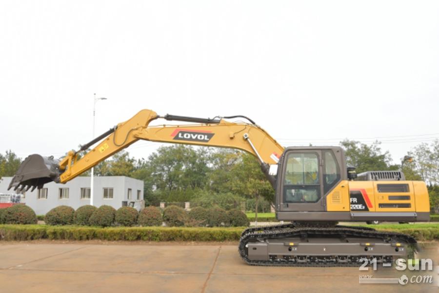 雷沃FR220E2挖掘机,土方工况不可缺少的干将