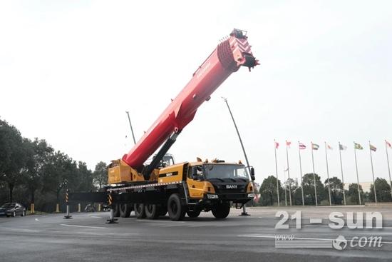三一SAC2000E│两百吨级的设备怎么选?看完不纠结