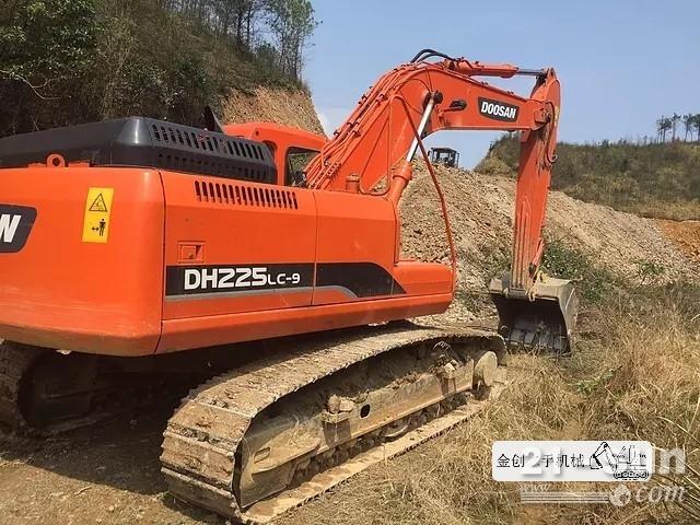 斗山225,300,370在线配资网挖掘机