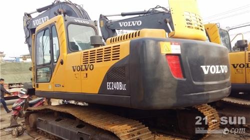 沃尔沃沃尔沃210叠色姑娘久久综合网挖掘机