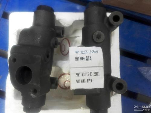 山推推土机SD32调节阀175-13-26401