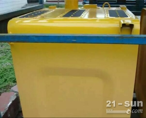 小松PC300-8柴油箱 挖掘机配件