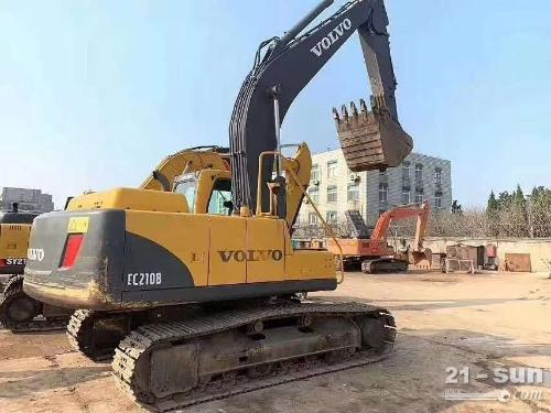 沃尔沃210叠尝颁在线配资网挖掘机